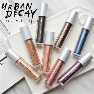 Urban Decay Liquid Moondust Eyeshadow